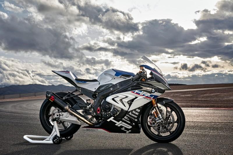 ★BMW 新型BMW HP4 RACEを発表