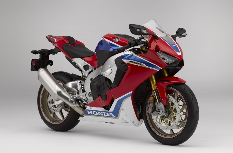★ホンダ 大型スーパースポーツモデル「CBR1000RR SP2」を発売