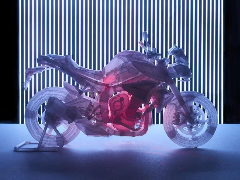 """★ヤマハ発動機のペーパークラフト、20周年特別企画。""""スケてて切れてる""""パーツシートを20名様にプレゼント。"""