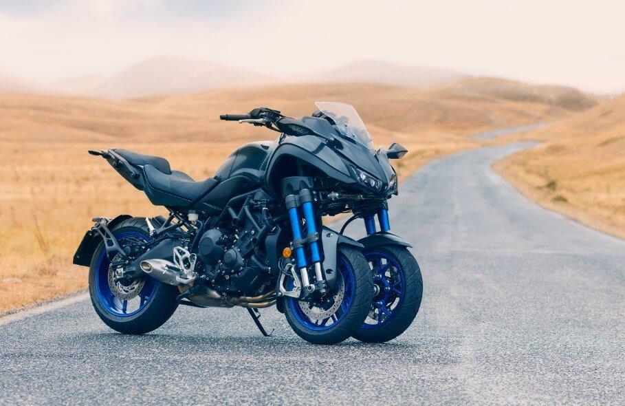 ★ヤマハ フロント2輪の3輪バイク新製品 ロードスポーツ「NIKEN」を「EICMA」に出展