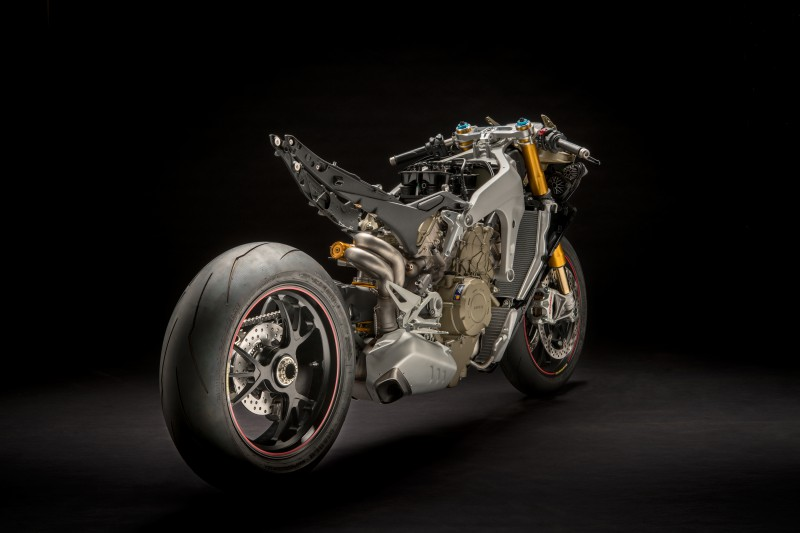DucatiからパニガーレV4のストリートファイターが登場か?