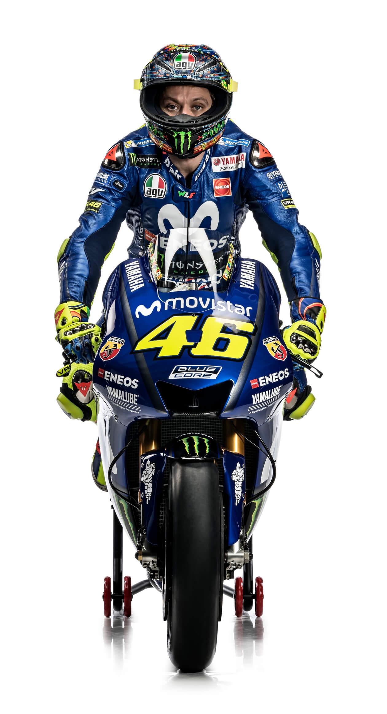 Motogp18 バレンティーノ ロッシ 18年シーズンのスタジオ写真 気になるバイクニュース