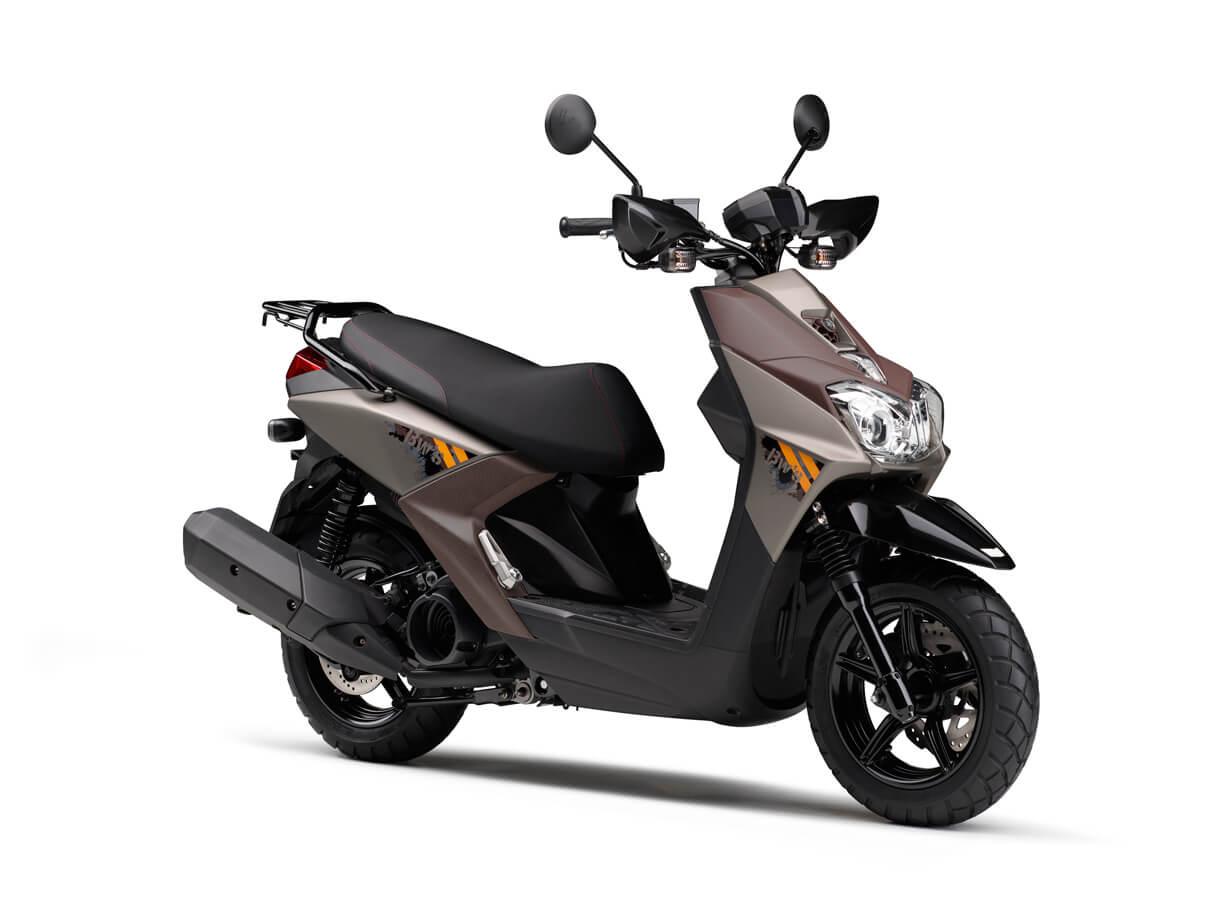 """★ヤマハ """"オフロードテイスト""""と""""遊び心""""を強調したカラーリングを採用 原付二種スクーター「BW'S125」2018年モデルを発売 新排出ガス規制にも適合"""