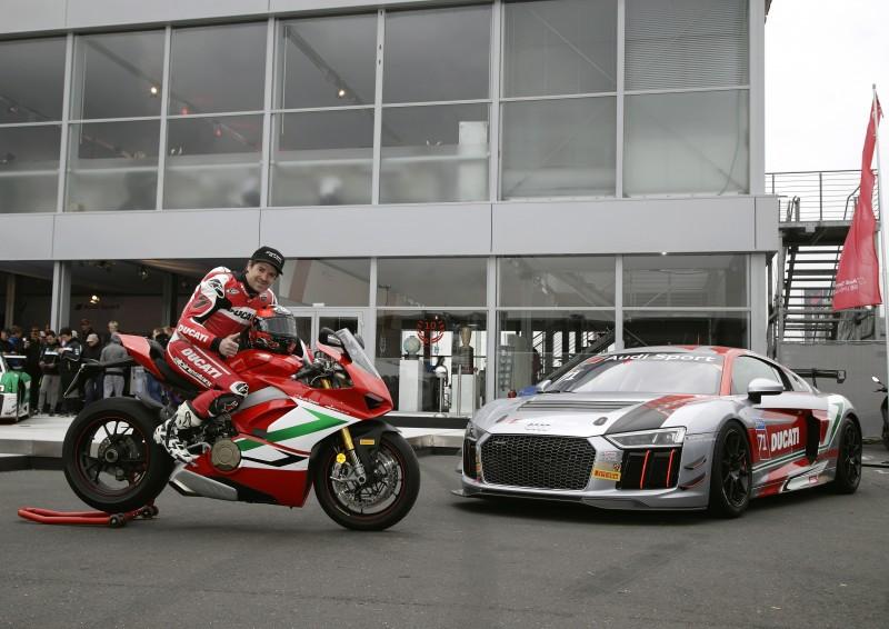 ★カルロス・チェカ ニュルブルクリンク24時間耐久レースにスペシャルゲストとして登場