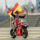 SBK第2戦タイ・ラウンドの2日目に、Aruba.it Racing – Ducatiチームのバウティスタがさらに2勝を挙げて完全優勝、デイビスはレース2でリタイア