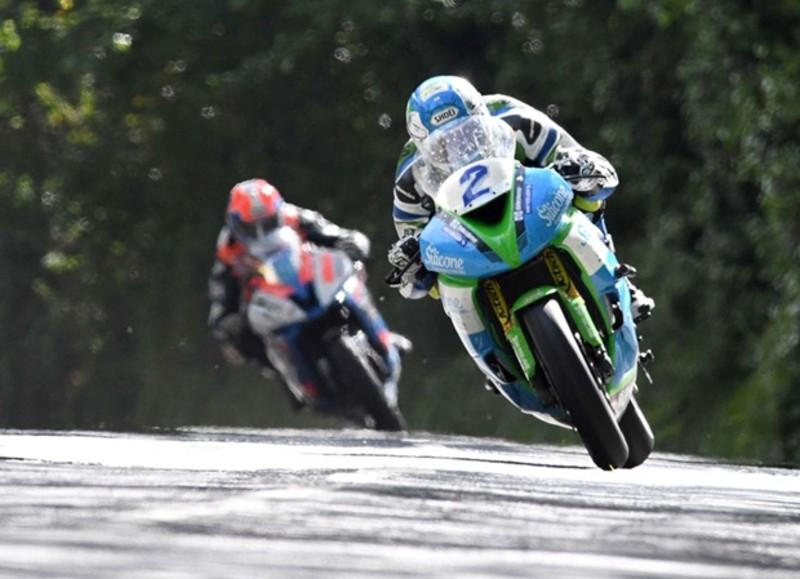 マン島TT2019 快晴の中で日曜から予選が開始