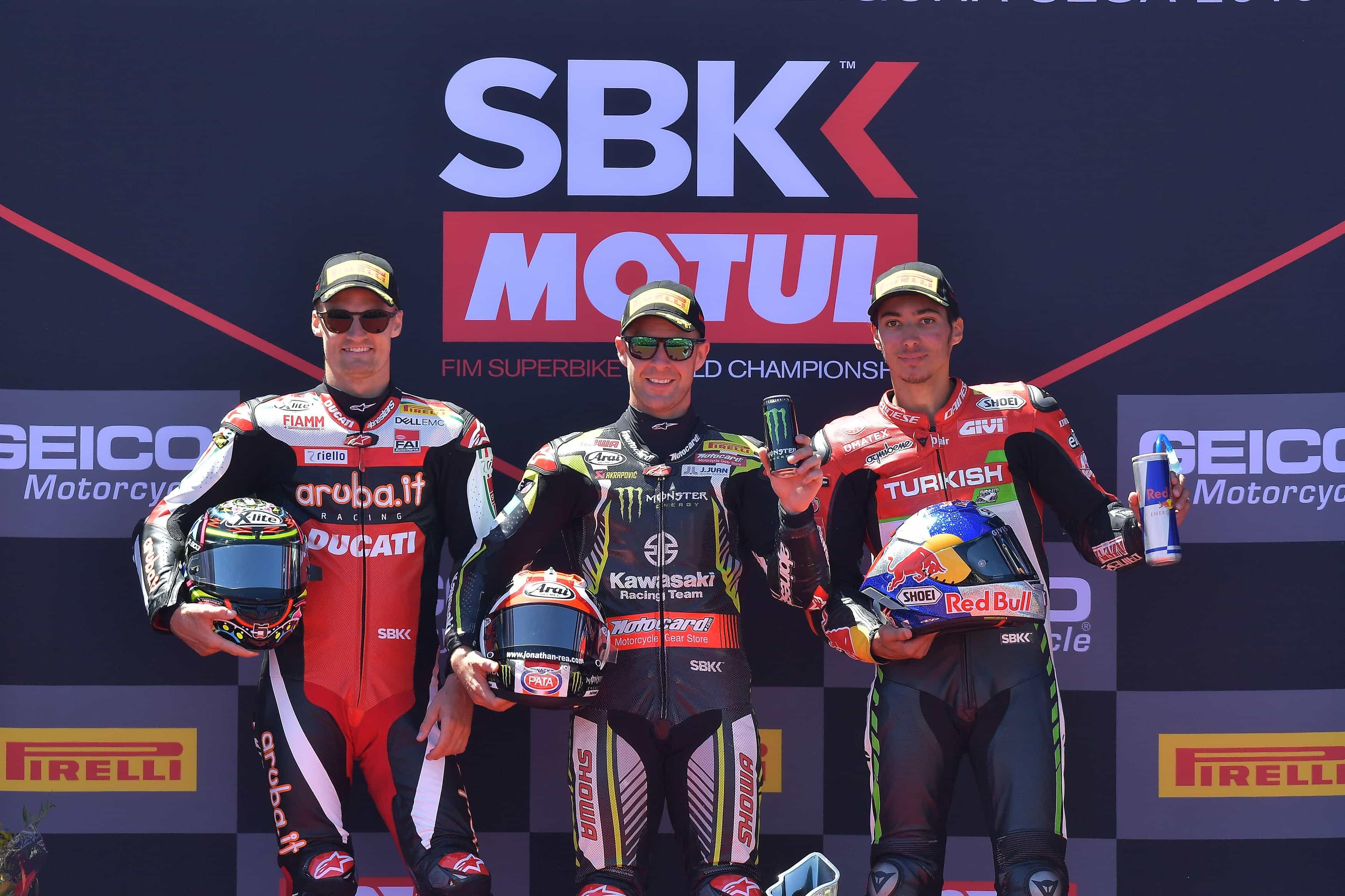 ピレリ(Pirelli)新型SCXタイヤがラグナ・セカで最高の性能を発揮/ レイはデイビスを抑えて優勝