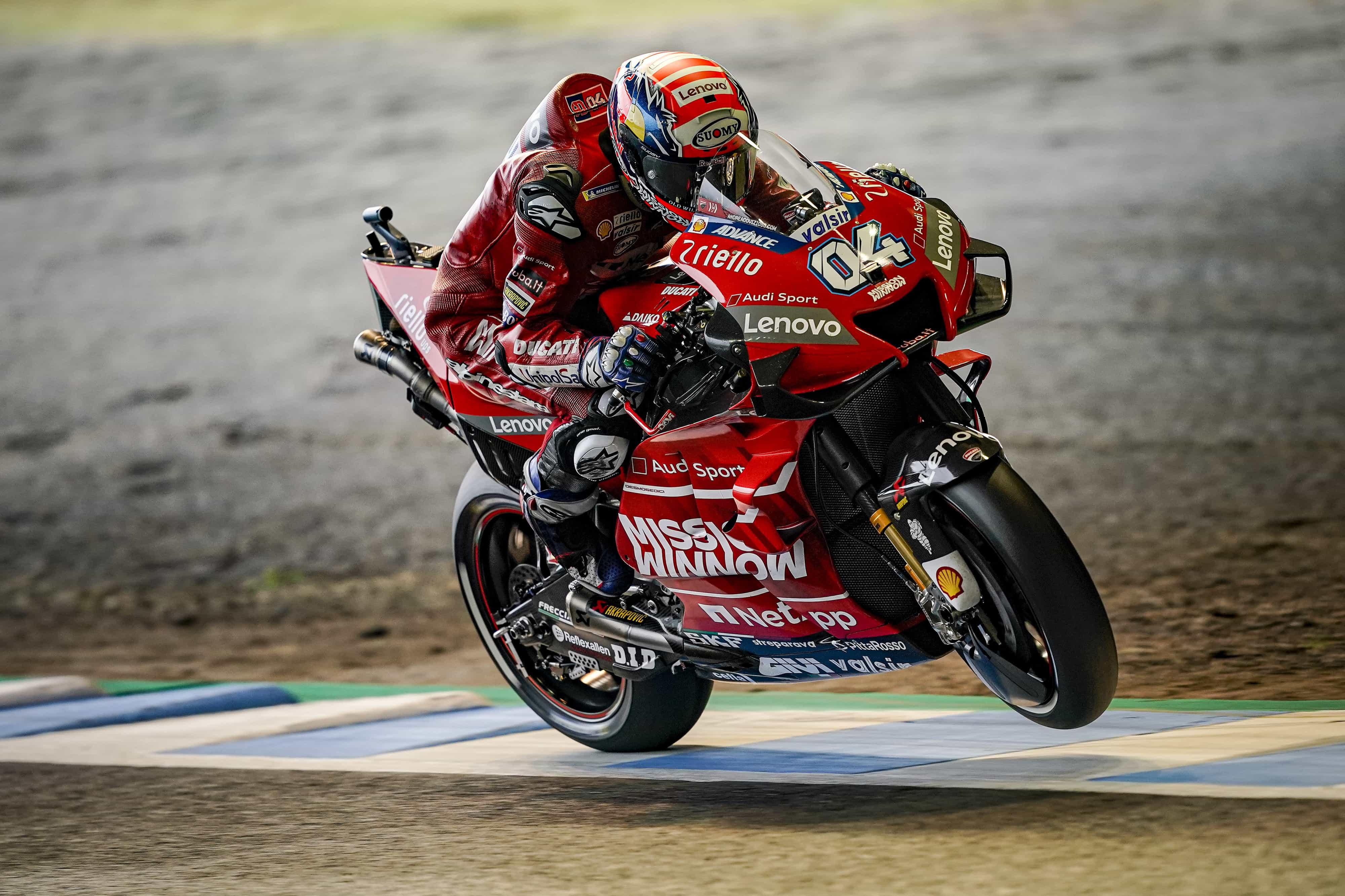 MotoGP日本GPの予選で、ドヴィツィオーゾが7番グリッドを、ペトルッチが8番グリッドを獲得、明日の決勝は3列目からスタート