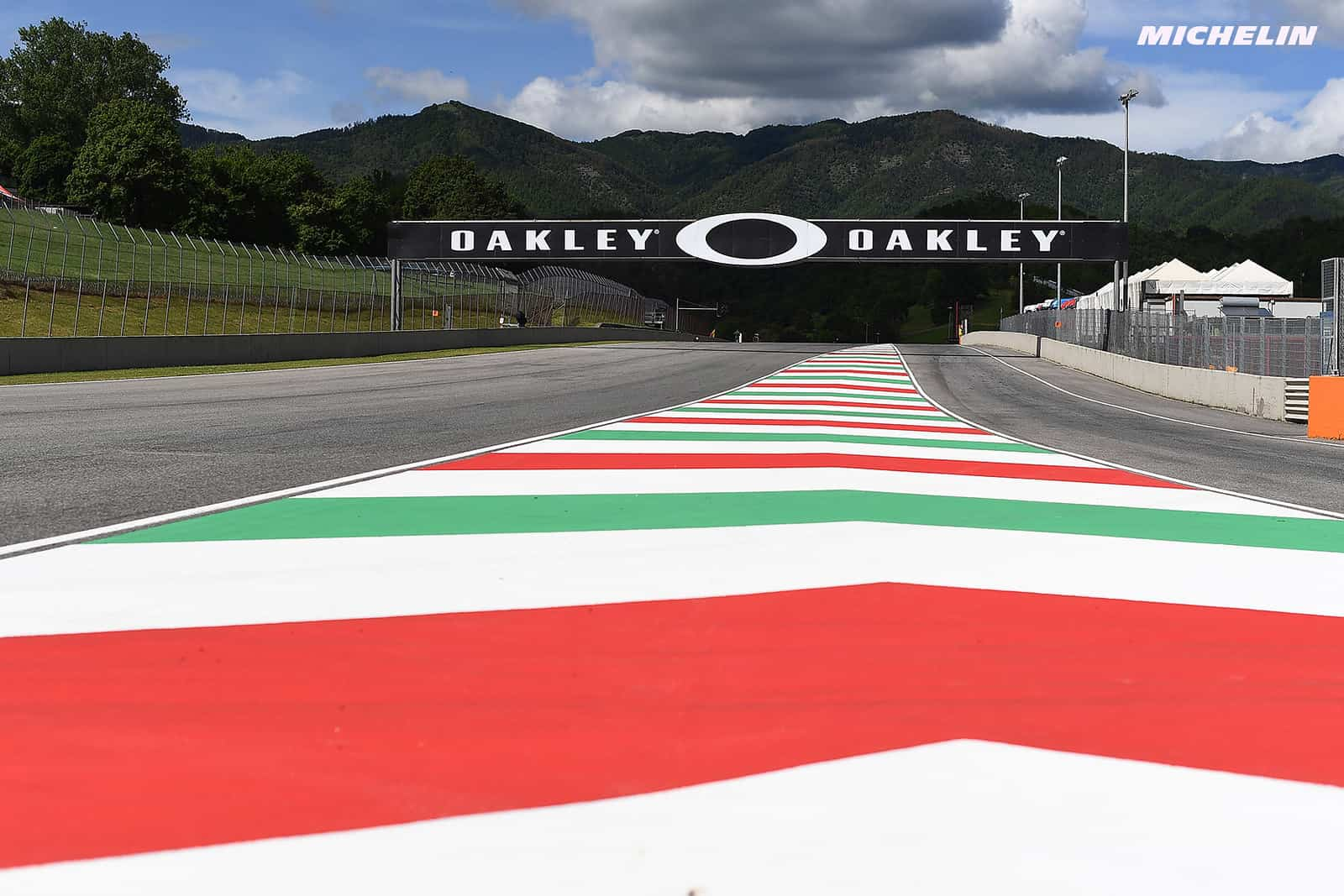 今週末29日にMotoGPライダーが争うバーチャルレースを開催 トラックはムジェロで6周で争われる