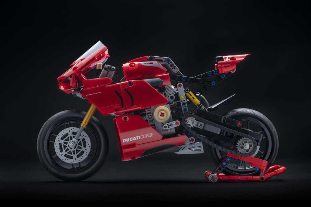 レゴ(LEGO)テクニック DucatiパニガーレV4R