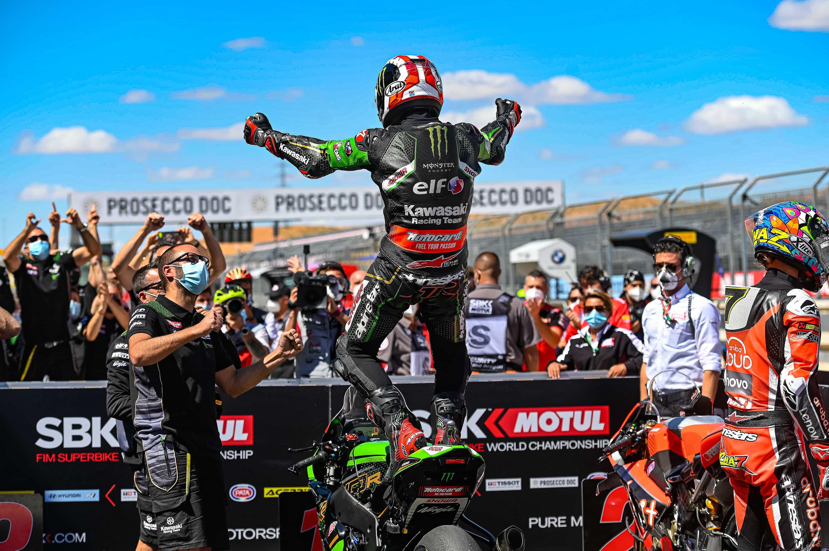 ピレリ(Pirelli)レースレビュー 4メーカーがアラゴンのWSBKレースで表彰台を獲得