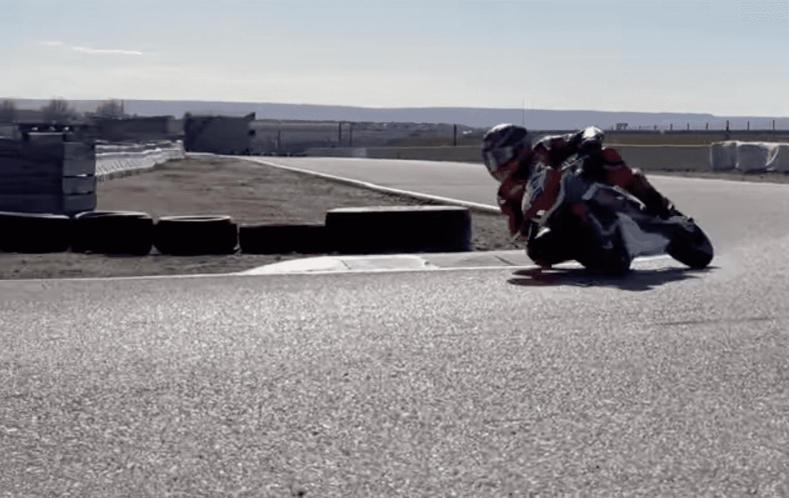 マルク・マルケス「ミニバイクとは言え、バイクを操る感覚を思い出した」