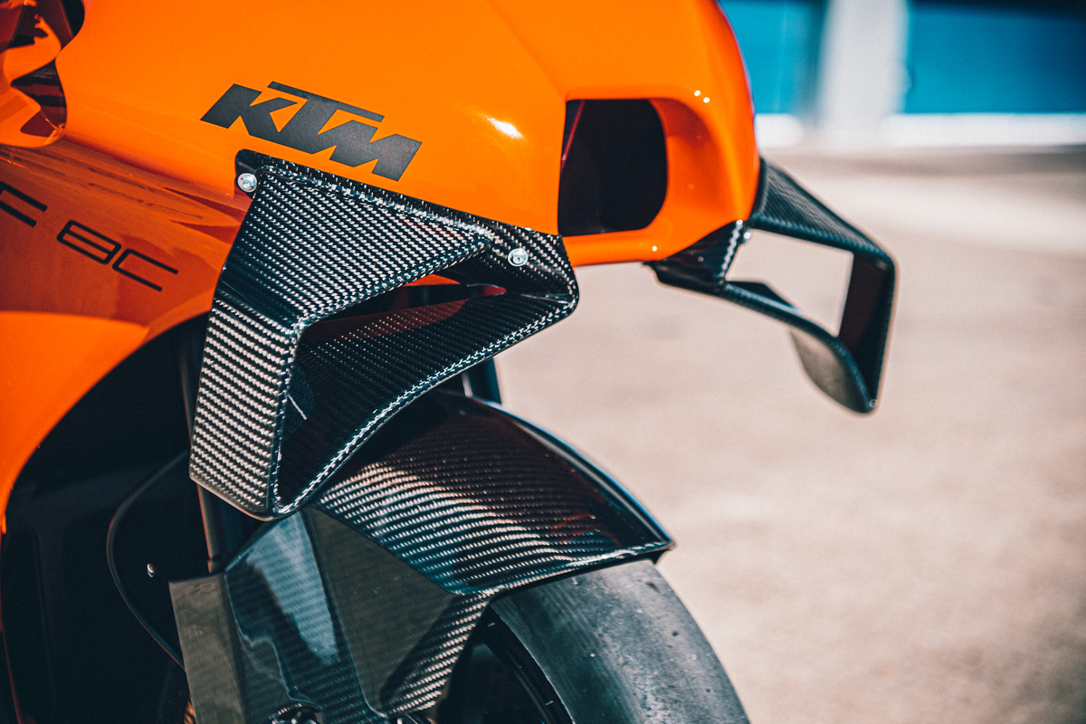 KTM トラック走行専用のTM RC 8Cを全世界100台限定で発売