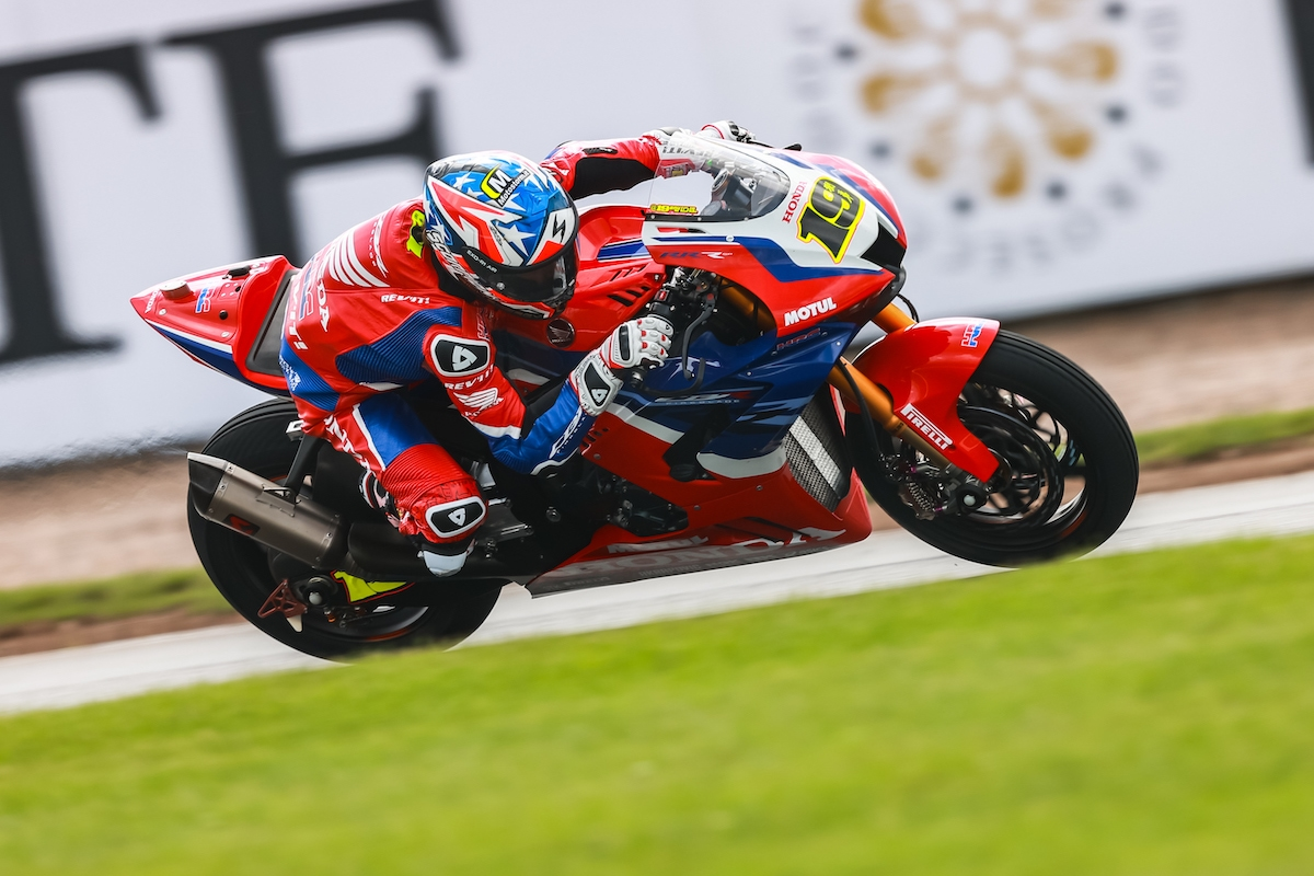 FIM スーパーバイク世界選手権(SBK)イギリス戦 アルヴァロ・バウティスタ「セットアップは日曜のものが一番だった」