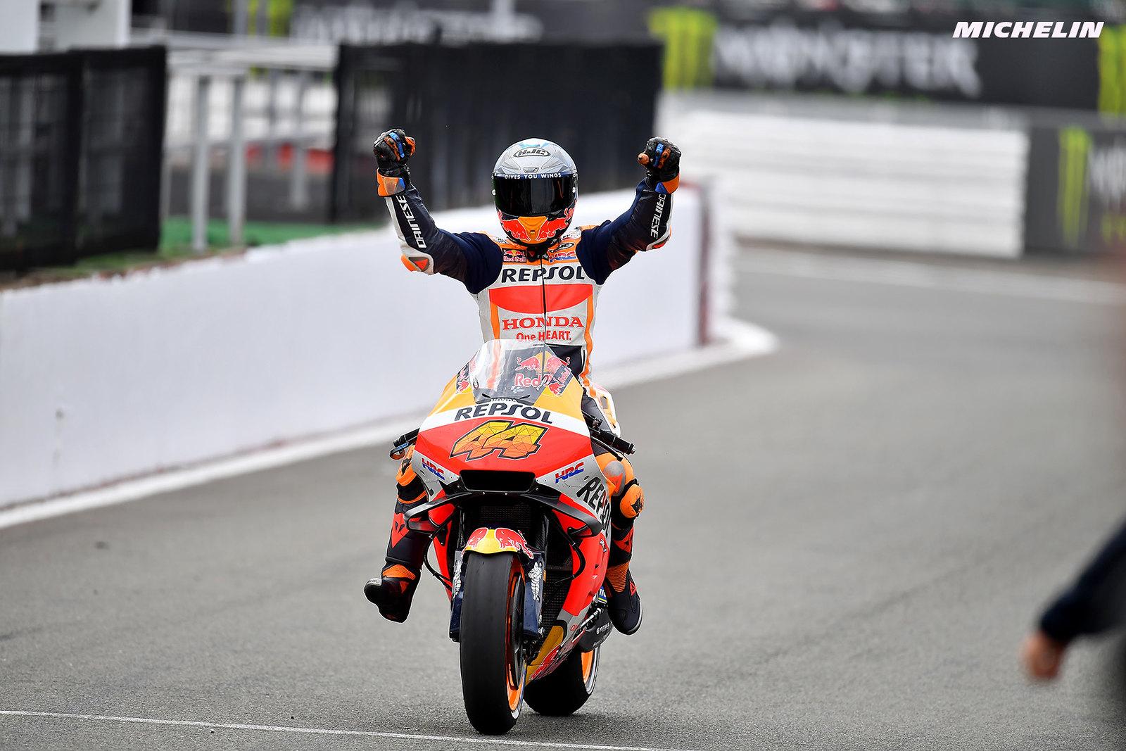 MotoGP2021イギリスGP 予選1位ポル・エスパルガロ「ライディングを楽しみことが出来ている」