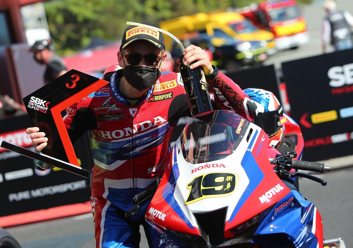 FIM スーパーバイク世界選手権(SBK)カタルーニャ戦 アルヴァロ・バウティスタ「チームとエンジニアの努力が報われた」
